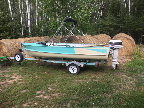 Photo For Sale Antique Aluminum Boat and Motor - $1,900 (Oulu, Wi)