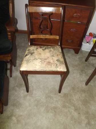 Photo For sale- antique wood harp back chair- excellent - - $40 (Cloquet)