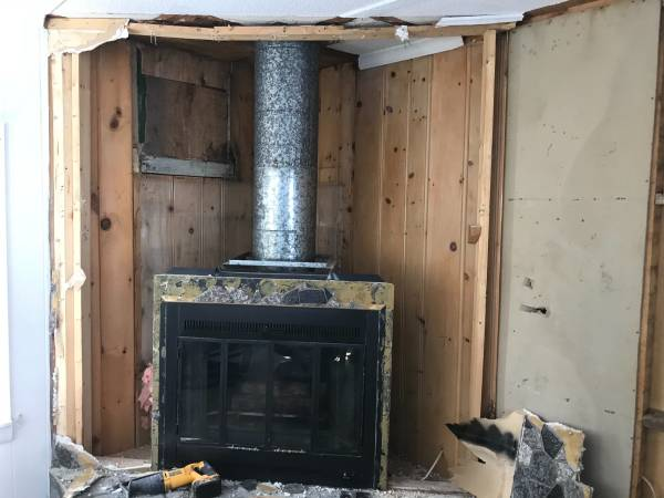 Photo Free natural gas fireplace (Duluth)