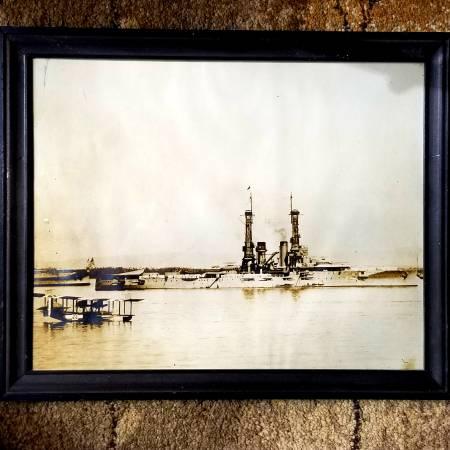 Photo Impressive 15quot12quot Silver Gel US Navy BATTLE SHIP Float plane PHOTO - $45 (Anoka)