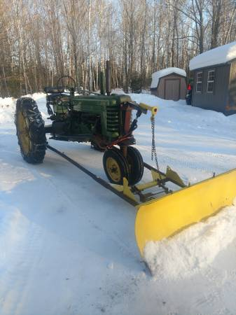 Photo John Deere B with snow plow - $2250 (Douglas County)