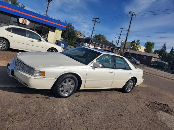 Photo MINT CONDITION 1997 Cadillac Seville STS - $3,100 (Duluth)