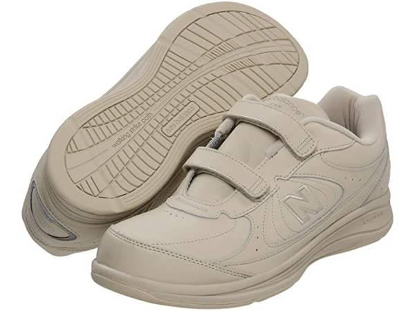 Photo New Balance mens shoe - $30 (Superior)