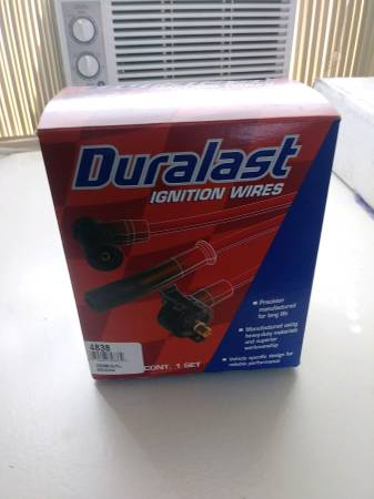 Photo New Duralast Sparkplug Wires for Small Block Ford - $15 (Superior)