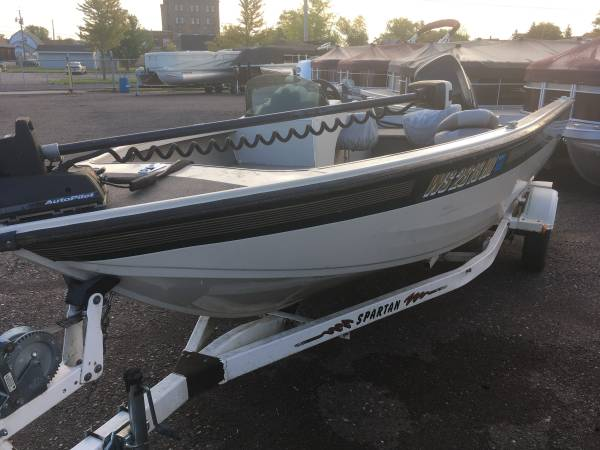 Photo Used Boats available at Mac Sport and Marine (Superior)