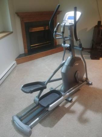 Photo Vision Fitness X20 Elliptical - $425 (DuluthHermantown)
