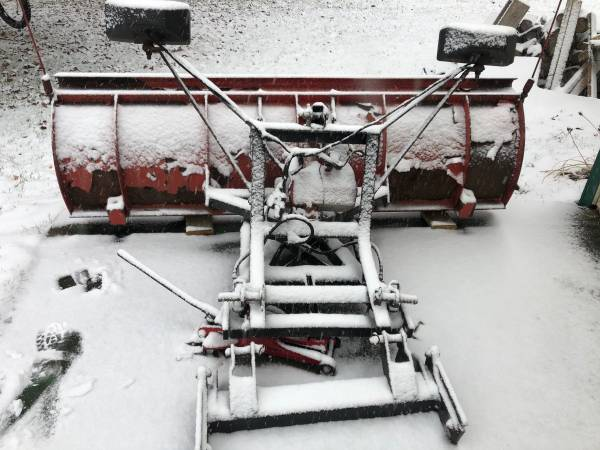 Photo Western snow plow - $1,250