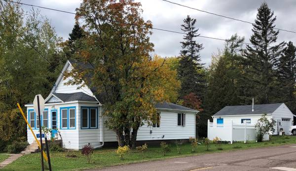 Photo Year round or Vacation House for Sale Knife River MN (Knife River)