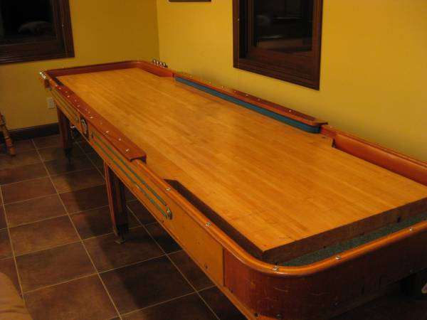 Photo shuffleboard table - $1500 (Hermantown)