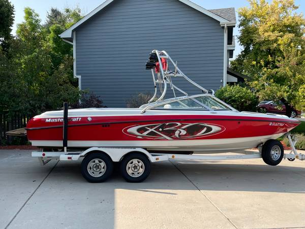 Photo 2001 MasterCraft X30 Wakeboard Surf Boat - $31,900 (Fort Collins)