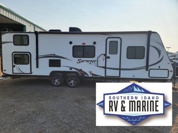 Photo 2015 FOREST RIVER SURVEYOR - $24,495 (FINANCING AVAILABLE)