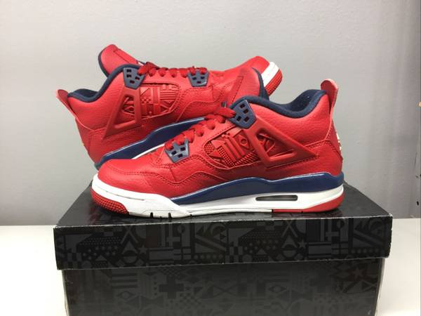 Photo Air Jordan Retro 4 quotFIBAquot Gym Red - Size 8.5 Mens - NEW - $300 (Aurora)