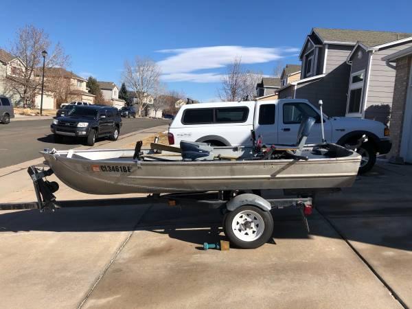 Photo Aluminum V hull boat for sale - $1,500 (Centennial)