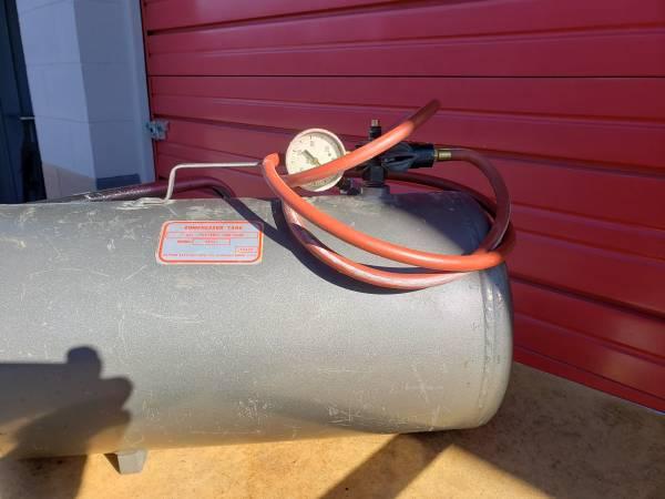Photo Dayton 7 gallon air tank - $45 (Colorado springs)