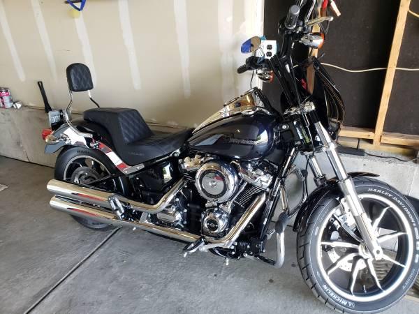 Photo Harley Davidson Low Rider FXLR 2019 Midnight Blue - $14,800 (Brighton, CO)