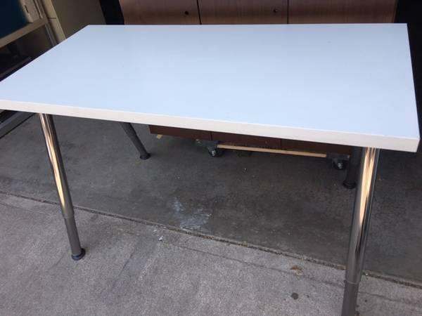 Photo Ikea Desk(s) - $40 (Lakewood)