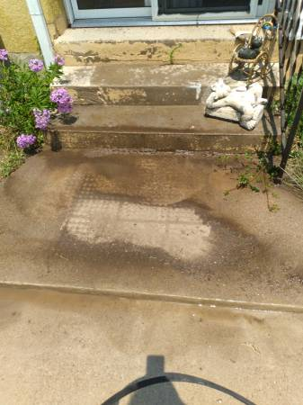 Photo Its all about the details pressure washing (CANON CITY)