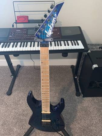 Photo Jackson PRO DINKY DK2QM Solid Body Electric Guitar CHLORINE BURST - $450 (Pueblo west)