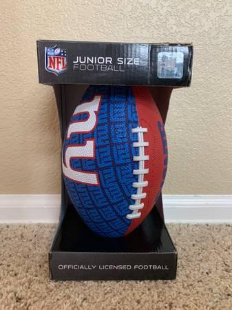 Photo Junior-Size Youth Football NFL Gridiron - New York Giants NY - New - $15 (Broomfield - Junior-Size Youth Football NFL Gridiron - New)