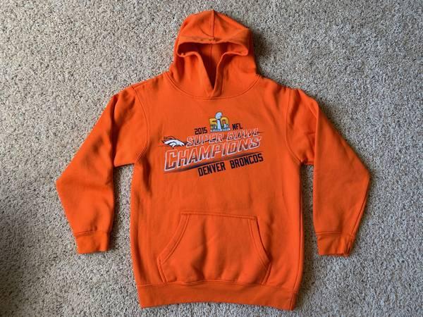 Photo Kids Denver Broncos Sweatshirt  Hoodie - Orange, Size Medium 1012 - $25 (Broomfield - Kids Denver Broncos Sweatshirt  Hoodie)