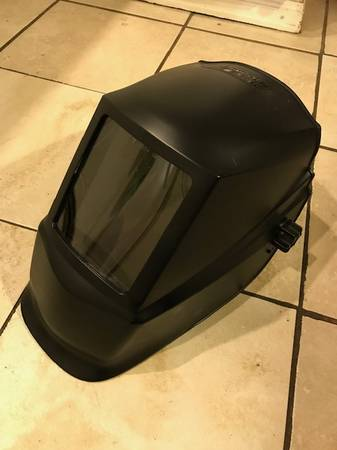 Photo Lincoln Electric Welding Helmet - $35 (Wheat Ridge)