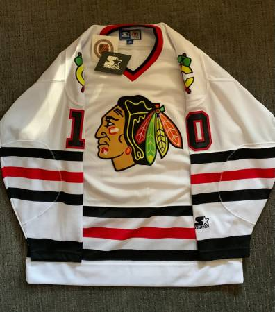 Photo Official Chicago Blackhawks Jersey - $25 (Parker)