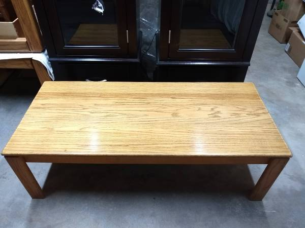Photo Two excellent condition solid real wood coffee table - $80 (Centennial)