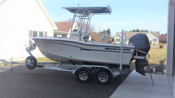 Photo 180 Fisherman Gradywhite 2018 - $46,000 (Kent County Delaware Cheswold)