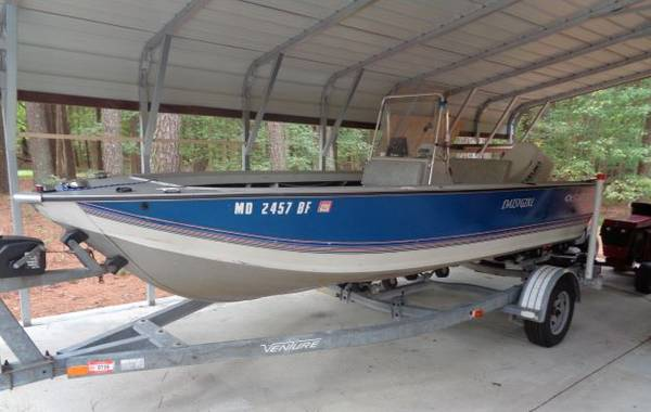 Photo 18-foot StarCraft Mariner 180 Center Console - $12,999 (Westover)