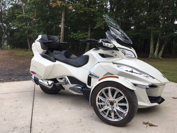 Photo 2017 Can Am Spyder RT Limited - $21,900 (Southern Delaware)
