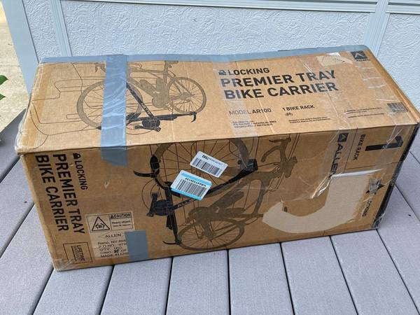 Photo Allen Sports Premier Locking 1-Bike Tray Rack, Model AR100 - $100 (Ridgely)