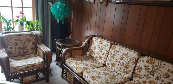 Photo Antique rattan custom made furniture - $2,500 (Columbia)