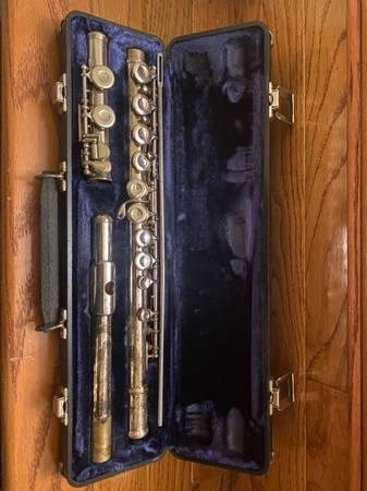 Photo Armstrong flute - $40 (Alexandria)