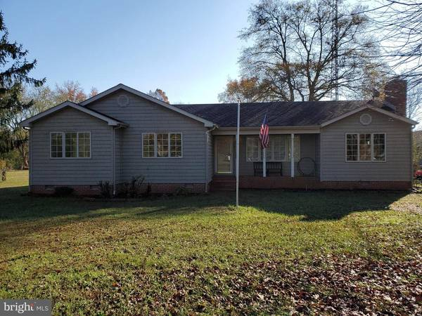 Photo Can you see it Home in Willards. 3 Beds, 1 Baths (Willards)