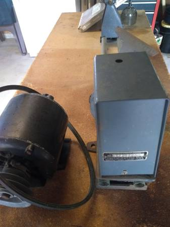 Photo Craftsman 12quot leith new with tools and bench - $250 (.pocomoke MD.)