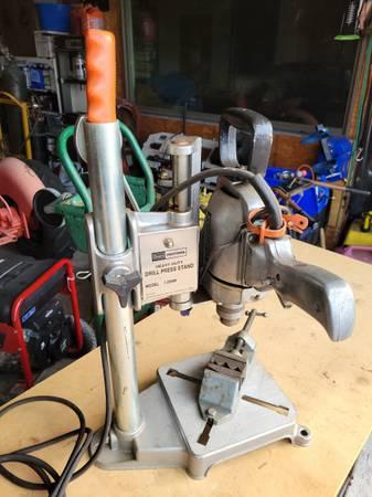 Photo Craftsman bench drill press set - $75 (Hurlock)