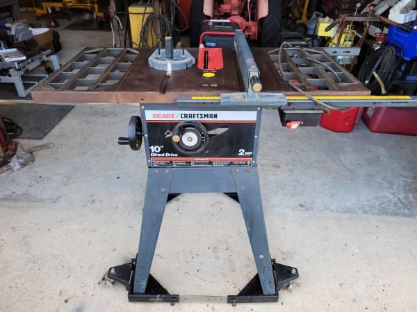 Photo Craftsman table saw - $140 (Hurlock)