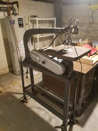 Photo Delta Rockwell 40-440 24quot Power Scroll Saw with Stand. - $325 (Easton, MD, 21601)