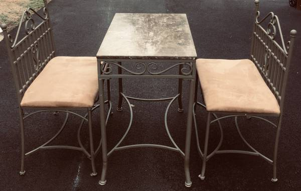 Photo Fantastic 3 Piece Genuine Marble Table Top  2 Bench Dining Set - $150 (Salisbury)