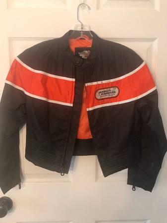 Photo Harley Davidson Womens Shell Jacket - $80 (Stevensville)