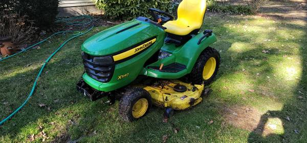 Photo John Deere X540 lawn tractor - $2,300 (St Michaels)
