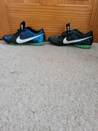 Photo Nike Men39s Mercurial Indoor Soccer Shoes - $25 (Kent Island)