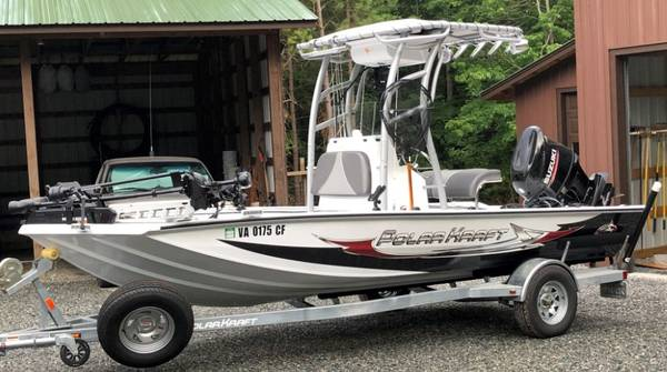 Photo PolarKraft Fishing Boat Bay 190 Center Console - $35,900 (dr)