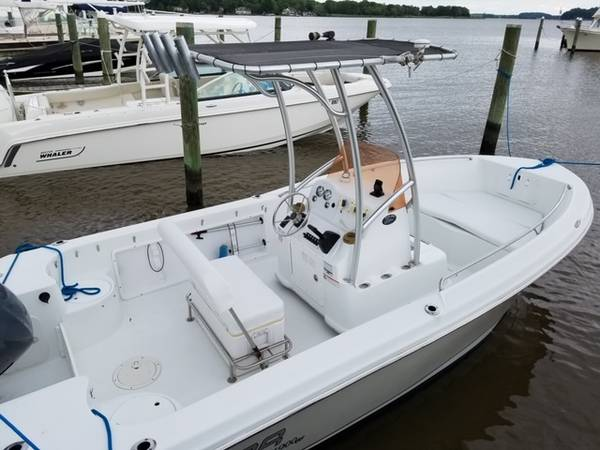 Photo Polar 19 Ft. Center Console - $13,500 (Chestertown, MD)