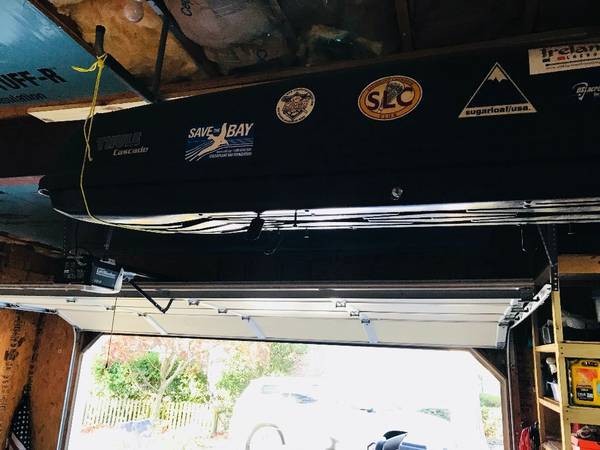 Photo Thule roof rack carrier - $350 (Salisbury)