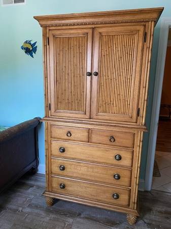 Photo Tommy Bahama Island Estate Collection - $1,300 (Ocean City)