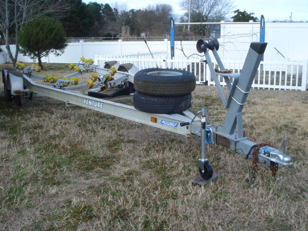Photo Venture Aluminum Tandem Axle Boat Trailer - Up to 2439 Boat - $1,400 (Frankford)
