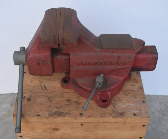 Photo Vintage Craftsman 5 Inch Craftsman Bench Vise - $125 (Pocomoke City)