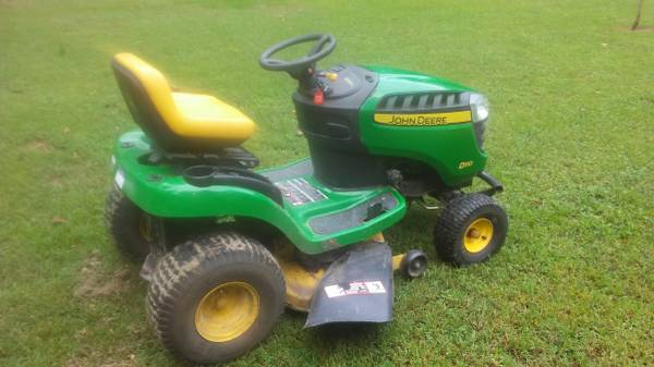 Photo john deere 42quot riding lawn mower D110 - $650 (Exmore, VA)