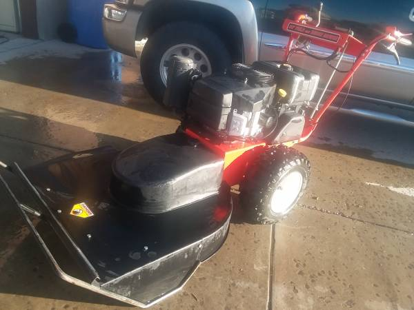 Photo 17 hp DR Power Field and Brush Mower - $1300